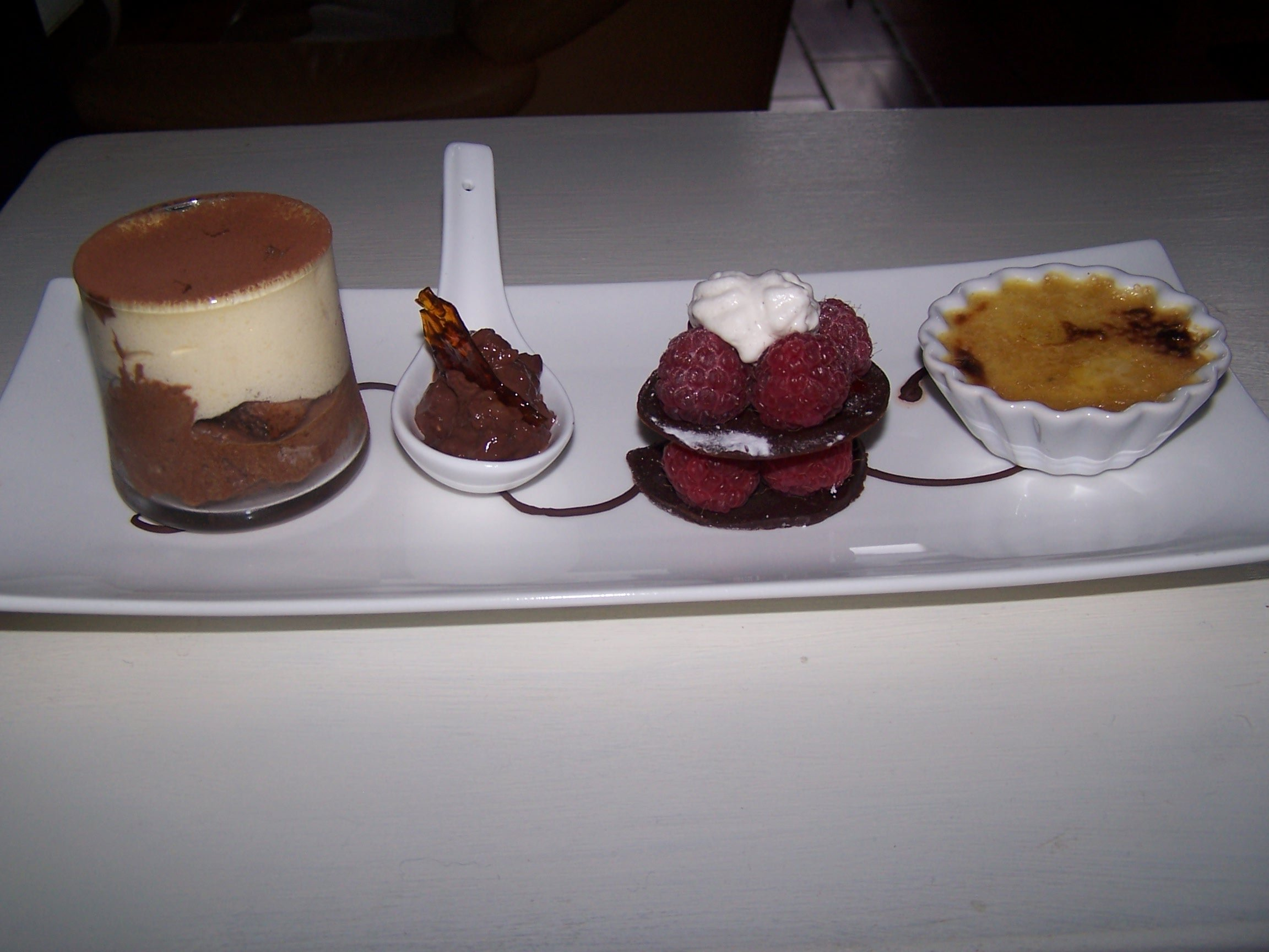Maminou s cuisine et d coration chocolat d clin pour un caf gourmand - Assiette rectangulaire pour cafe gourmand ...